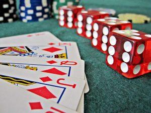 คาสิโนออนไลน์ Poker